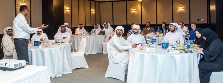 مواصلات الإمارات تعقد دورة تدريبية احترافية في مجال السلامة والصحة المهنية