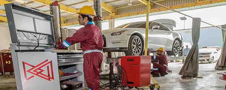 مواصلات الإمارات تبرم 13 عقداً لتوفير الصيانة الفنية لأكثر من 32 ألف مركبة